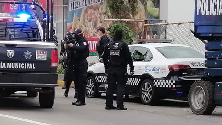 Rafaguean a policías en dos hechos simultáneos en Córdoba