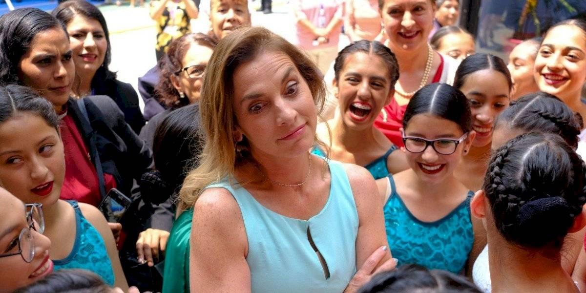 Recula Beatriz Gutiérrez tras llamar a 'Un día sin mujeres'