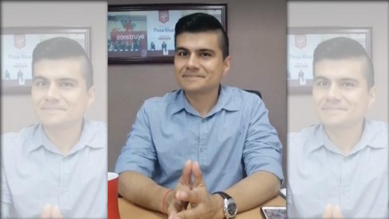 """Regidor Panista simula impulso a la juventud con """"consejos de Chocolate"""" en Poza Rica"""