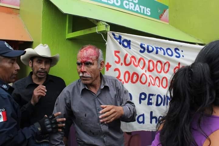 Reprimen con violencia protestas de campesinos previo a Cumbre Tajín